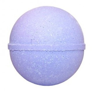 TEXAS DEWBERRY BATH BOMB. Yee Haw! Get down and fruity with this Texas inspired bath bomb.Only £2.29