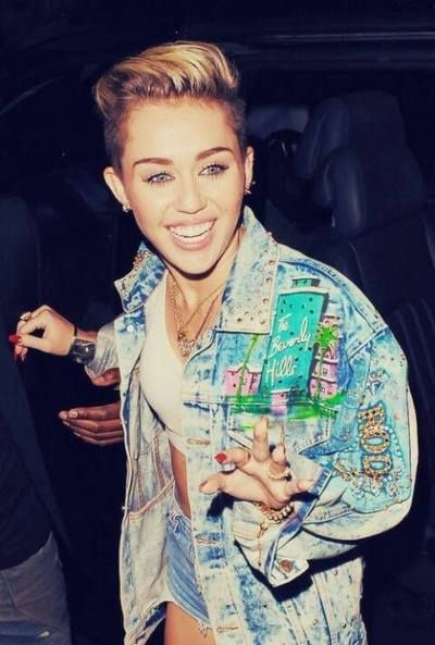 Get More Lookes at http://gtl.clothing/a_search.php#/post/Miley%20Cyrus/false @gtl_clothing #getthelook @gtl_clothing #getthelook