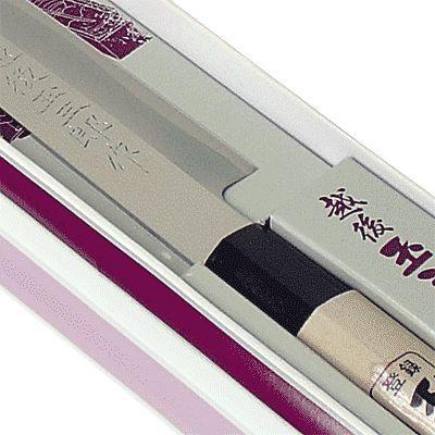 Faca para Sashimi e Sushi 210mm (Yanaguiba) - Kataoka mod. KS 38 Faca para sashimi de corpo manufaturado em aço inox e cabo de madeira, com fio unilateral com alto teor de carbono.