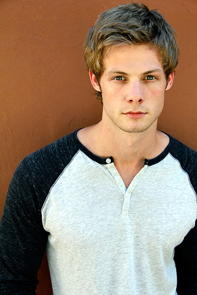 Brandon Jones aka nerd from pretty little liars :)