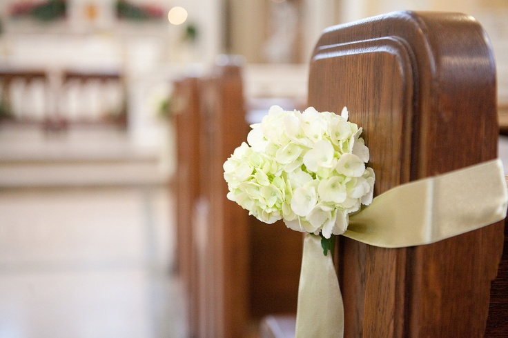church pew wedding decorations. Black Bedroom Furniture Sets. Home Design Ideas