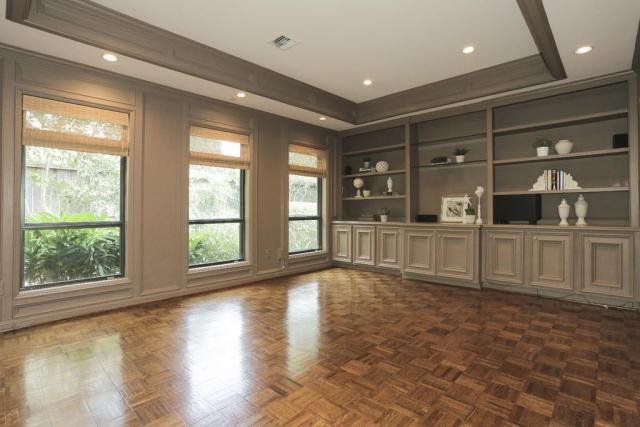 Paleta de color para piso de parquet: blanco gris