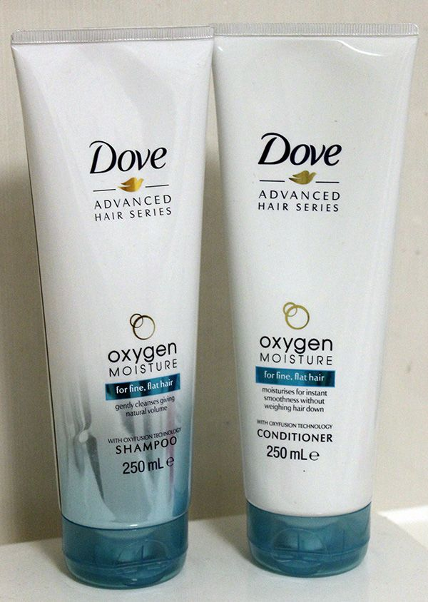 Dove shampoo and conditioner | Once again I'm having hair problems. This time I'm on the mission to find the right shampoo and conditioner.