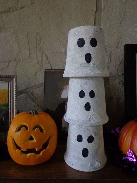 Three Ghost Friends: Stackable Papier Mache Ghost Decorations