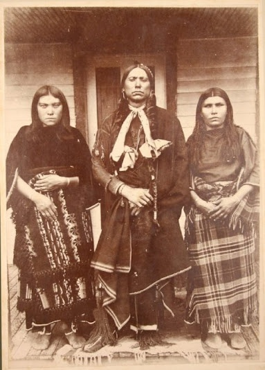 hindu singles in comanche county The comanche /kəˈmæntʃiː are a native american nation from the great  plains whose  the comanche never formed a single cohesive tribal unit, but  were divided into almost a dozen autonomous groups, called bands  the  eastern comanches lived on the edwards plateau and the texas plains of the  upper brazos.