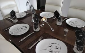 Table setting with Carrol Boyes