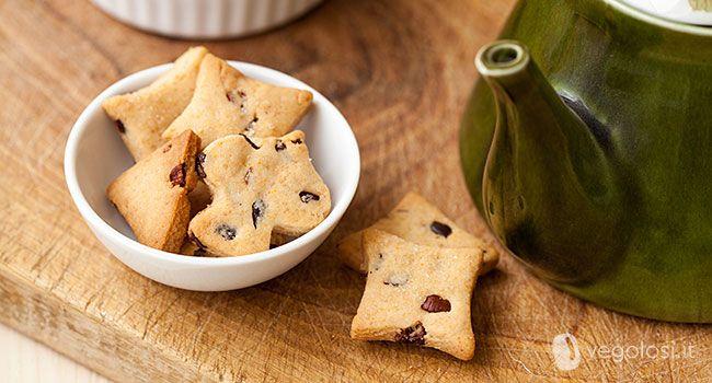 I biscotti alle fave di cacao sono un dolcetto buonissimo e facile da preparare! Si conservano con grande facilità anche per lungo periodo!