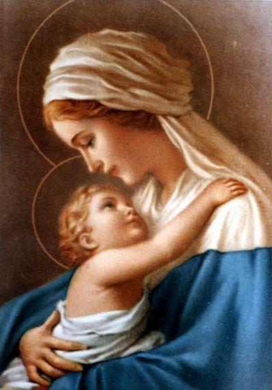 Mother and Child een heel universeel beeld een moeder kijkt vol liefde naar haar zoon Jesus, zo wel nu en in het verleden zijn er ook trotse moeders die ook heel beel van hun kindje houden ......lb xxx.