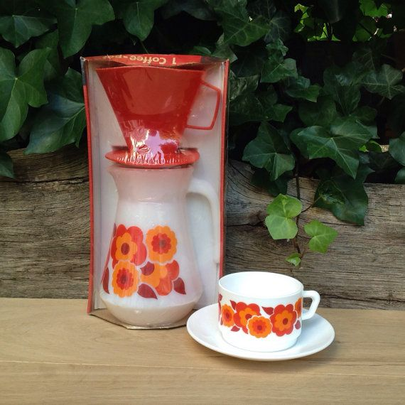 Vintage Arcopal Lotus Drip Coffee Maker Pot With Red Plastic Filter And Lid NEW IN BOX - Retro Red/Orange Flowers.