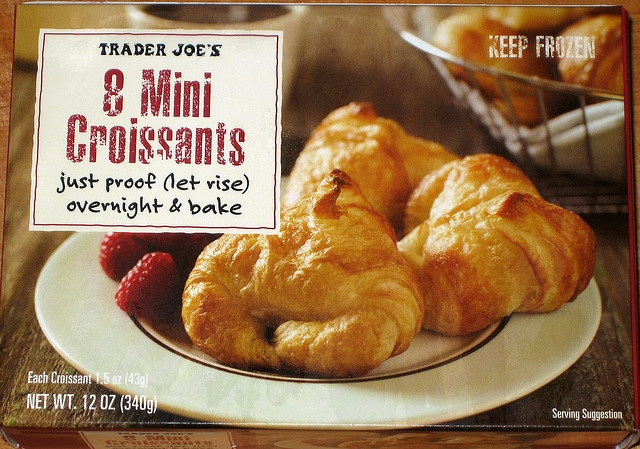 heavenly little gems - and larger than you think.Minis Croissants, Butter Croissants, Minis Dog Qu, Honey Butter, Joe Minis, Baking, Trader Joes, Frozen, Favorite Foodies