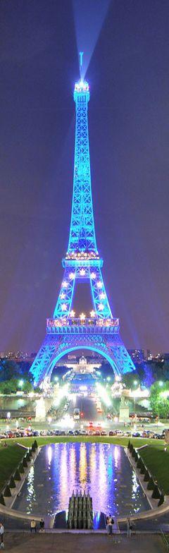 Eiffel Tower, Paris, France 2.5 J/D