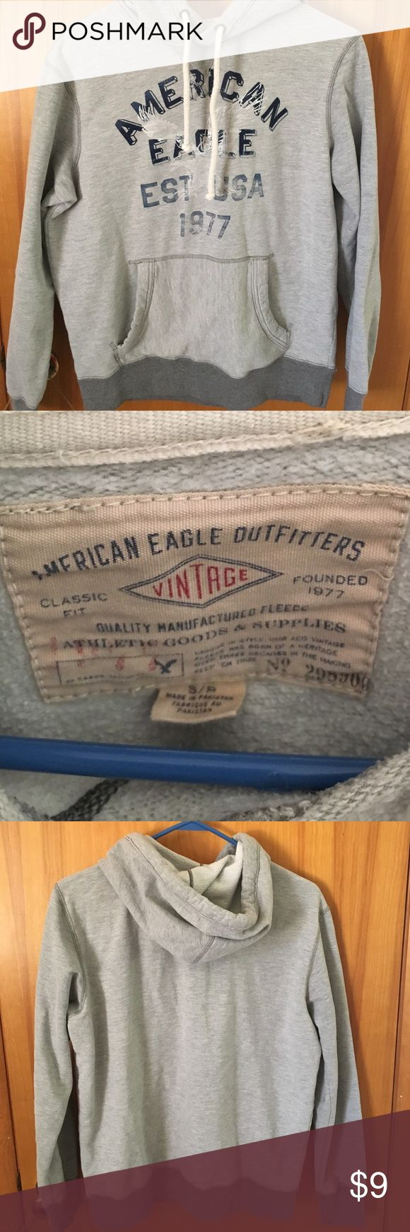 ✨American Eagle Outfitters Hoodie Small✨ Classic fit American Eagle Outfitters hoodie. Size small. Excellent condition. Ships within 24 hours, except on weekends. American Eagle Outfitters Shirts Sweatshirts & Hoodies