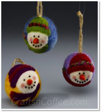 needle-felted snowman ornaments ♥ http://felting.craftgossip.com/2013/12/09/how-to-make-adorable-needle-felted-snowman-ornaments/