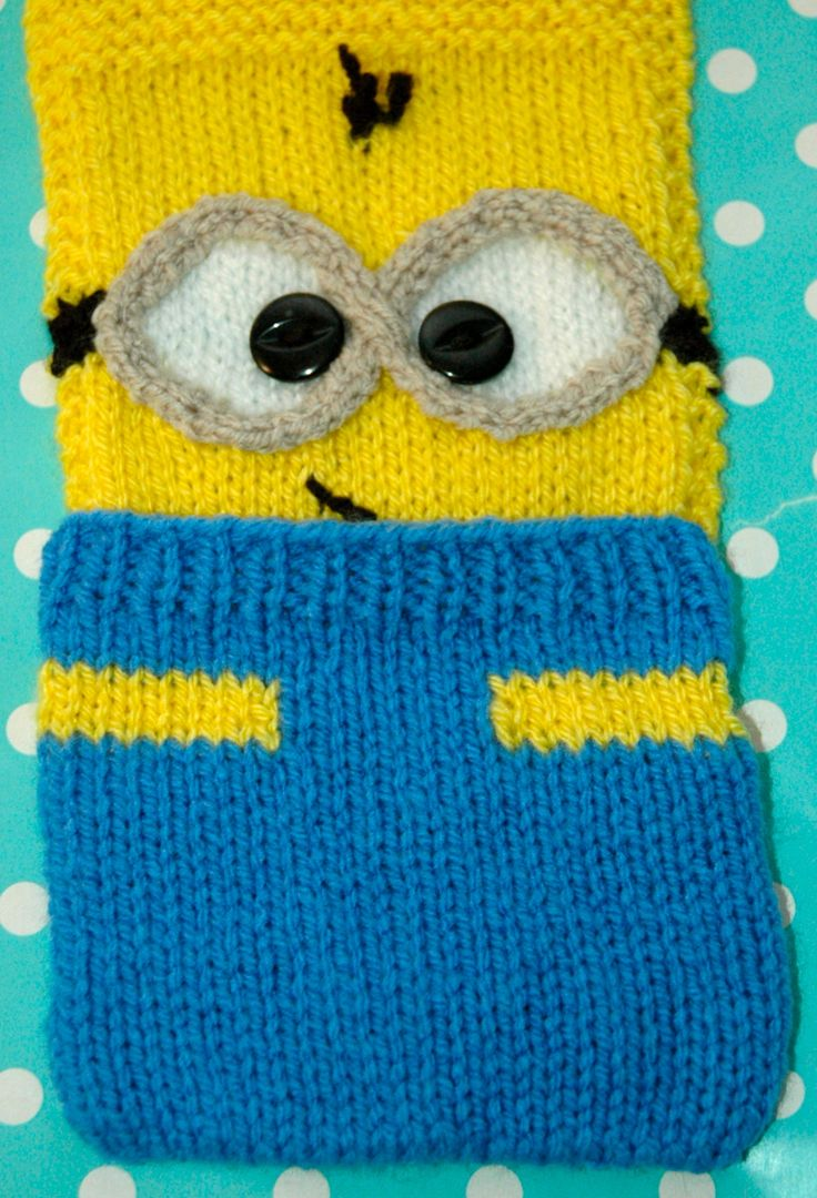 83 best knits r us images on pinterest knits knitting hand knitted and yellow pocket minion scraf knitting pattern bankloansurffo Gallery