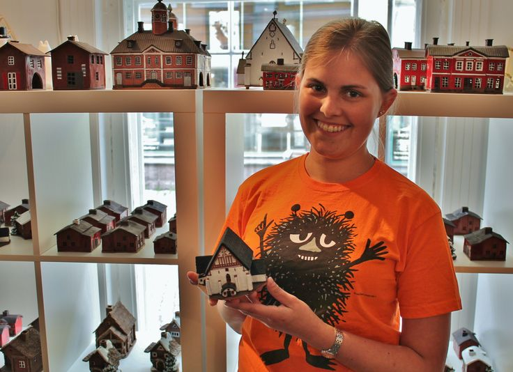 Fell in love with the architecture in Porvoo? Get a handmade ceramic miniature of the beautiful Cathedral, the historical Old Town Hall, little red shorehouse or the (late) Porvoo Castle from Sari Holmlund shop. Sophie's there to tell you all about it! www.visitporvoo.fi