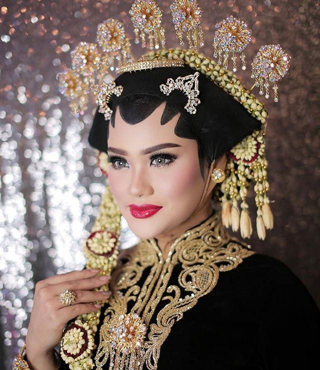 Kusuma Dewi Islamic Wedding Weddingkusumadewi Foto Dan Video Instagram Pengantin Pernikahan Pengantin Wanita