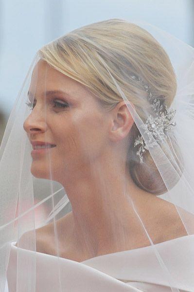 Google Image Result for https://images.jewelry.com/2011-07-jn-monaco-royal-wedding.jpg Princess Charlene of Monaco