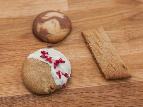 Cecilias kolakakor, mini cookies och vanilj- och chokladkakor
