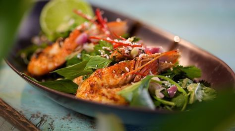 Dig into this quick and easy Thai prawn recipe by Reza Mahammad from Reza Spice Prince of Thailand.