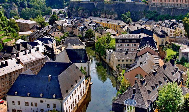 Πάει Λουξεμβούργο, η AIG: Hub στο Λουξεμβούργο σχεδιάζει η AIG με στόχο την πρόσβαση στην οικονομική ζώνη της Ευρώπης και την Ελβετία,…