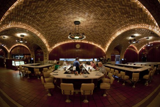 Grand Central Oyster Bar & Restaurant | Grand Central Terminal, Lower Concourse, | Bars | Time Out New York