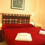 Tulipano room   Orti di Trastevere Bed & Breakfast