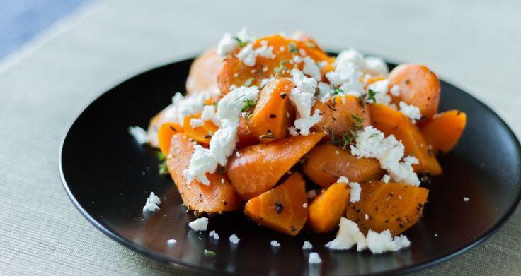 Σαλάτα με καρότα και φέτα! Ένας υπέροχος συνδυασμός για σαλάτα και αγαπημένη συνταγή για χορτοφάγους!