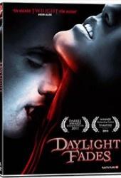 Recension av Daylight fades. En film av Allen Gardner och Brad Ellis med Matthew Stiller, Rachel Miles, Allen Gardner och Rachel Kimsey