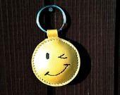 Clin d'oeil Visage / Sourire cuir porte-clé - Livraison gratuite : Porte clés par triballi