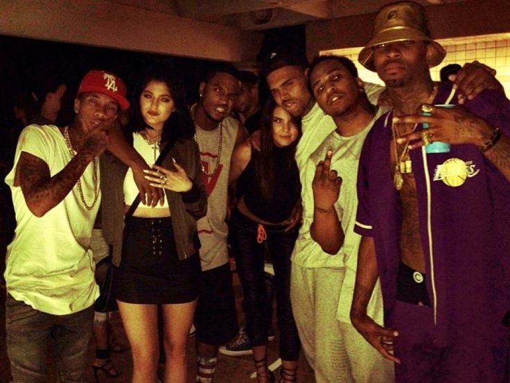 Las hermanas Jenner junto a Chris Brown, Trey Songz, Tyga y otros rappers