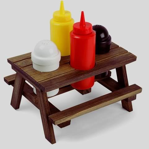 Super cool picnic supplies!!