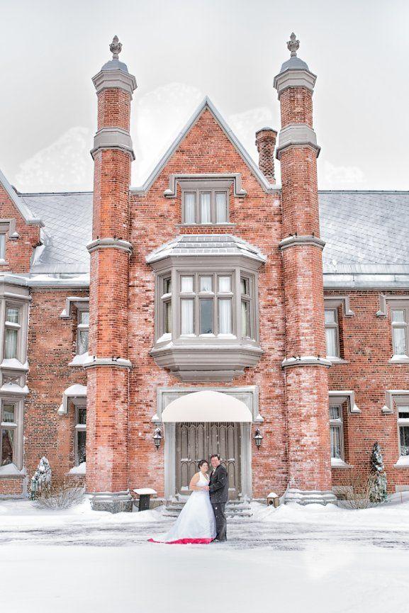 mariage en hiver au manoir Rouville-Campbell au mont St-Hilaire, Caroline and Victor magic winter wedding