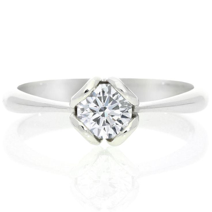 18K White Gold Diamond Solitaire Ring For Sale by Uwe Koetter.    www.uwekoetter.com