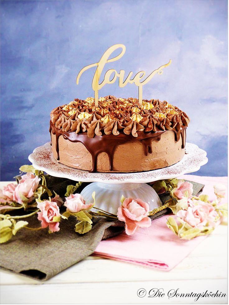 Teilen Tweet Anpinnen Mail Ein Traum von Schokolade, Sahne und ein bisschen Eierlikör als Creme in einer Torte versteckt. Niemand kann und möchte widerstehen. ...