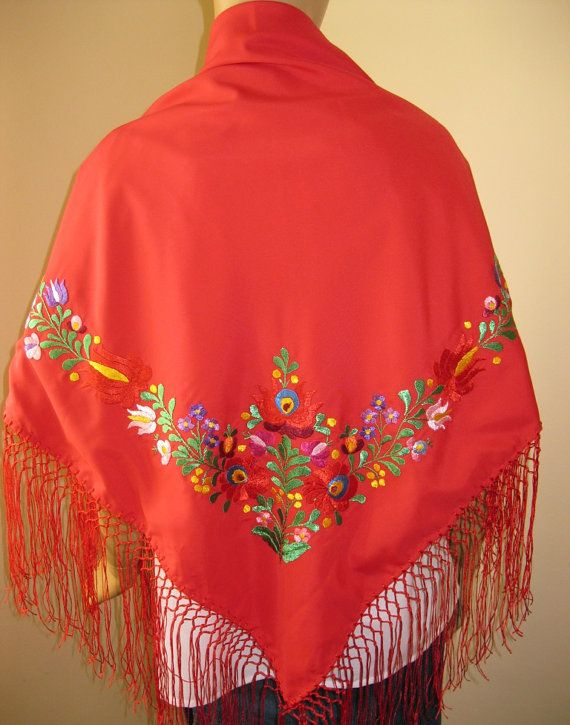Hungarian hand embroidered Matyo Kalocsa scarf  door RealRomania