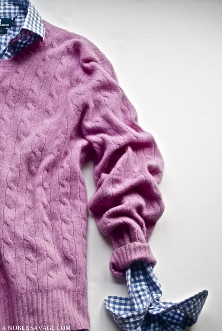 Awesome combination! Blue gingham shirt and  light pink sweater #Style