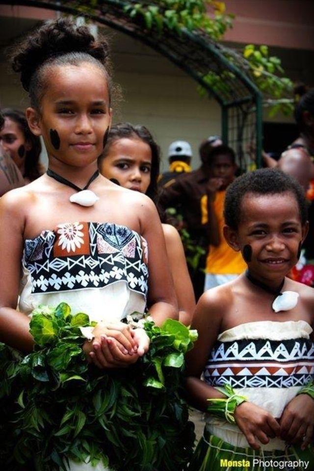 - Passport Challenge: Fiji, #dodibuschallenge , www.dodibus.blogspot.comFijian Beauties