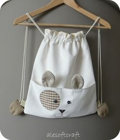 Ale soft craft: un gattino in spalla