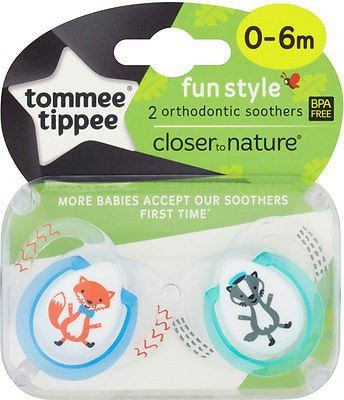Tommee Tippee Closer to Nature Fun Style Soothers 0-6mths (2)
