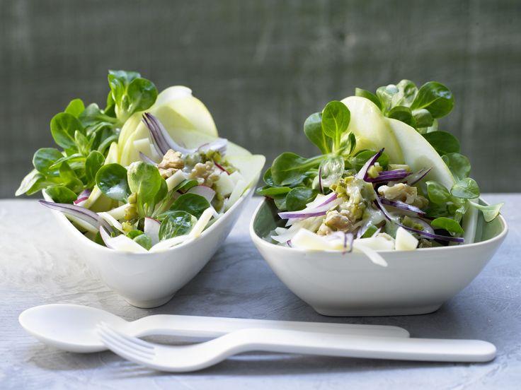 Feldsalat mit Emmentaler - und Honig-Senf-Dressing - smarter - Kalorien: 474 Kcal - Zeit: 40 Min. | eatsmarter.de Feldsalat ist im Winter perfekt.