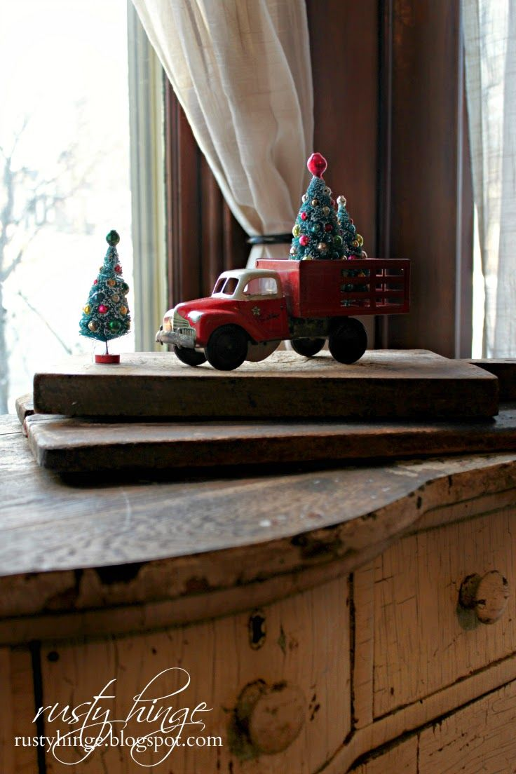 Country christmas decorations 2014 - 2014 Holiday Housewalk Decking These New Halls Cozy Christmasvictorian Christmascountry