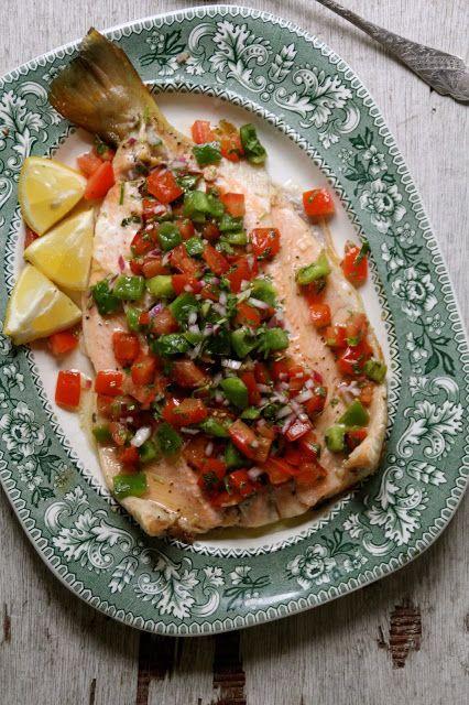 Grillet ørret med grønnsakssalsa - Mat på bordet