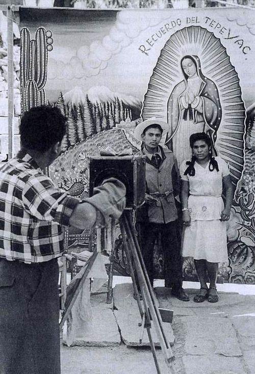Un Recuerdo | Villa de Guadalupe, Mexico City | Nacho Lopez, 1950