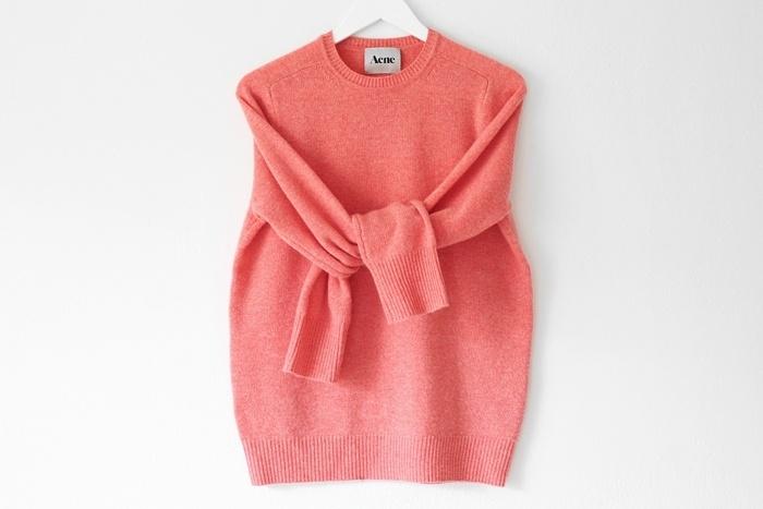 Coral cashmere. Sara K. | Trendi