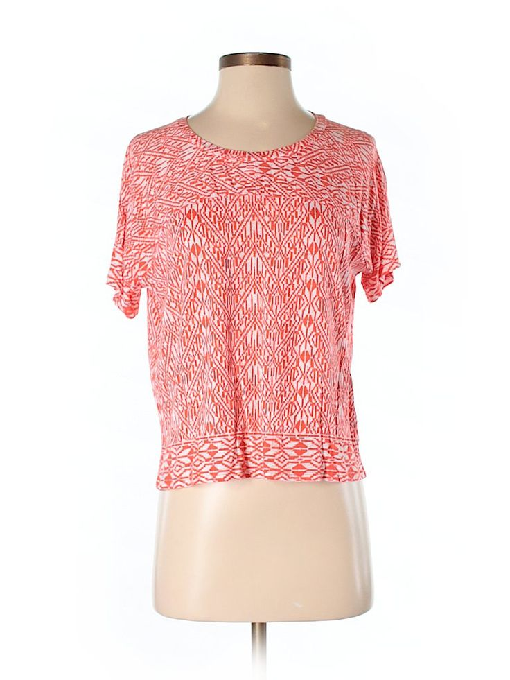 Check it out—Old Navy Short Sleeve Top for $10.99 at thredUP!