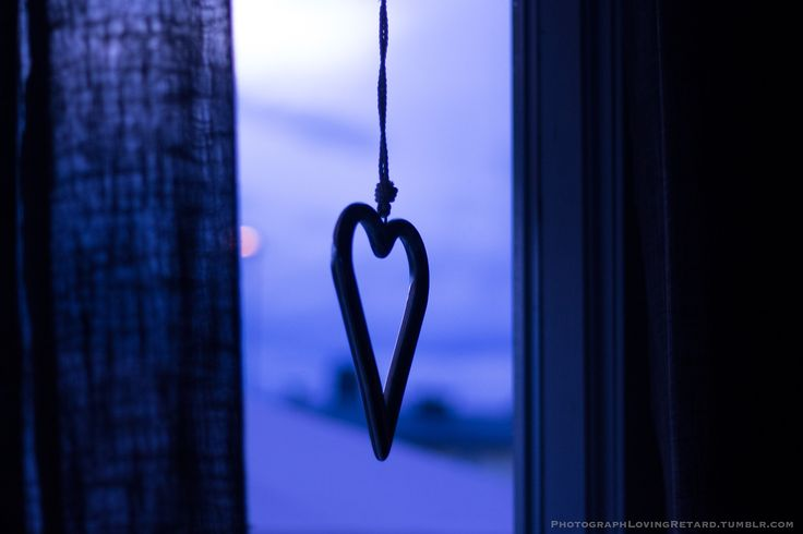 Heart - Glow Blog - Cold Colors - Window