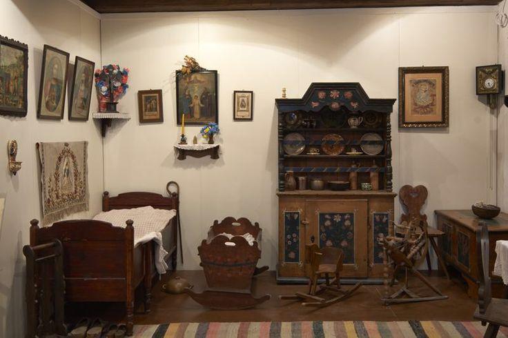 Obraz z http://mng.gda.pl/wp-content/gallery/oddzial-etnografii-muzeum-narodowe-w-gdansku/2.jpg.