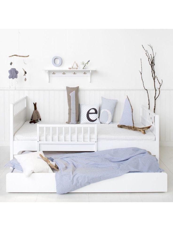 1000 ideen zu juniorbett auf pinterest haus tweaking kinderhochbett ikea und gardinen ikea. Black Bedroom Furniture Sets. Home Design Ideas
