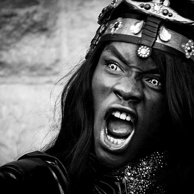 Roooar!! Volterra Mistery & Fantasy - Comics and Games  #picoftheday #photooftheday #photography #blackandwhite #mistery #fantasy #comics #comics #games #cosplay #igervolterra #volterra #toscana #tuscany #nikon #portrait #instapic #instaphoto #instalike #like4like #likeforlike #follow4follow #art