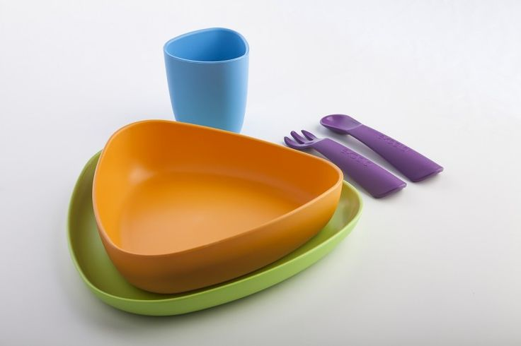 Set for meal is entirely made of bio-plasticand it does not contain any dangerous substance you could find in many traditional plastics (BPA, phthalates or other) that, when released into food, could be swallowed by children. It is made of renewable resources and it's 100% biodegradable. You could use it as many times…